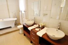img_bathrooms